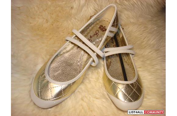 NEW Juicy Couture Flats sz 7