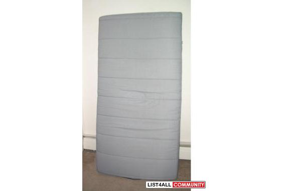 Single size Bed: IKEA Sultan Hogbo :: andywind :: List4All