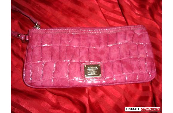 very new hot pink liz claiborne wristlet great for clubbing