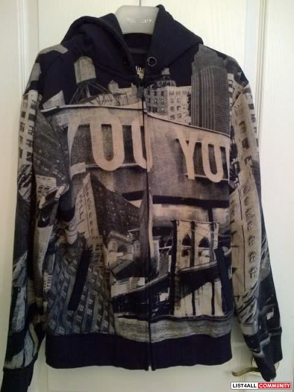 "Zoo York ""NY City"" zip up NEW**"