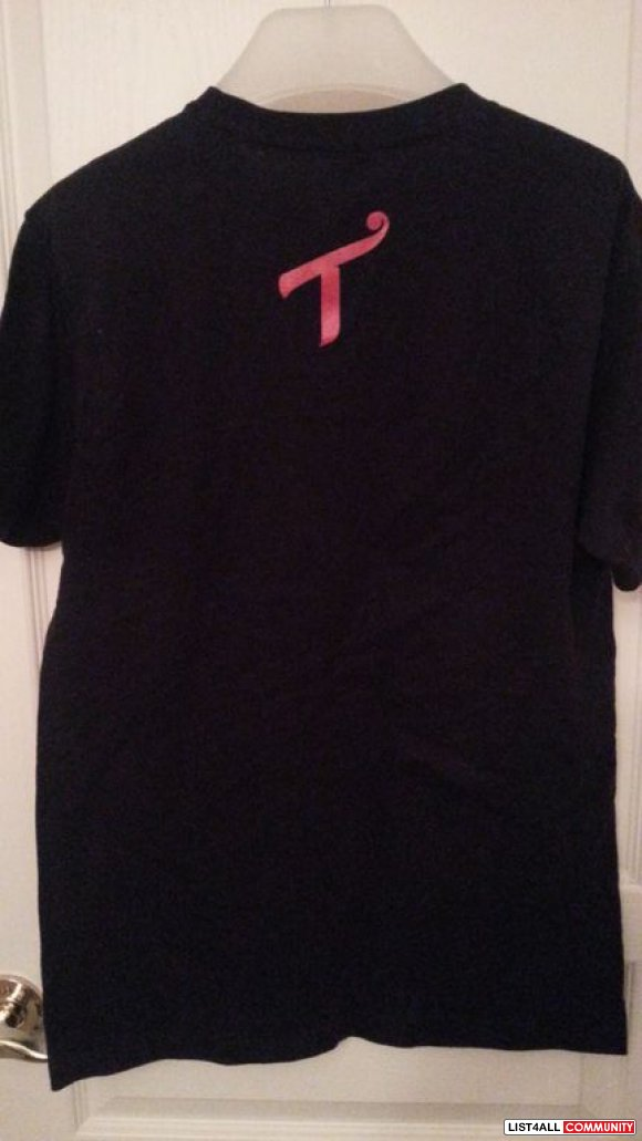 T.I.T.S (Two In The Shirt) 'Back Shots' Tee BNWOT**