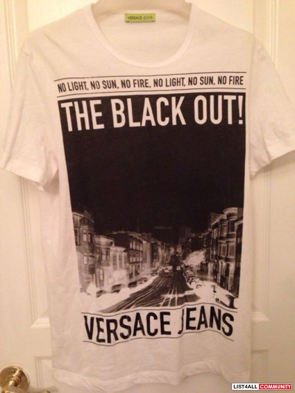 "Versace jeans "" The blackout "" tee"