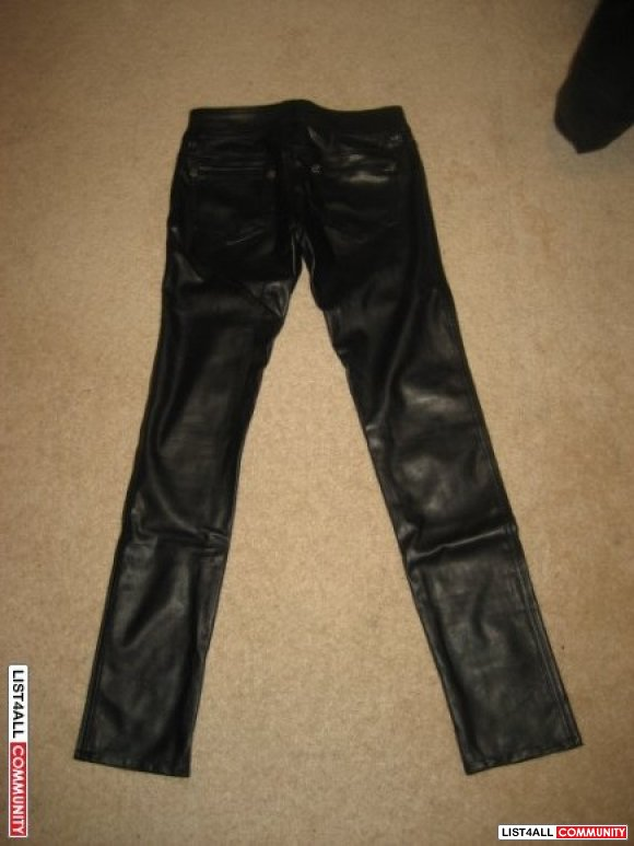 BNWOT LEATHER GUESS PANTS