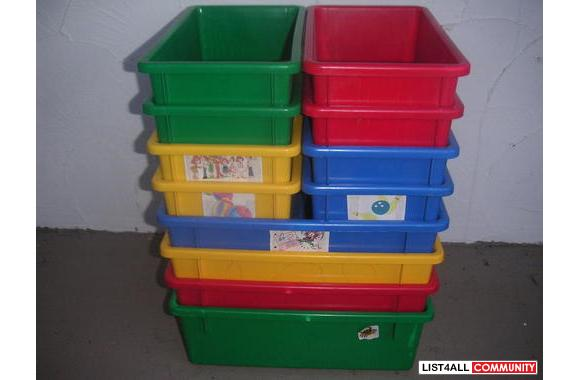 Colourfull plastic tray organizers
