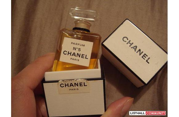 chanel no 5 paris parfum beautitrade list4all. Black Bedroom Furniture Sets. Home Design Ideas