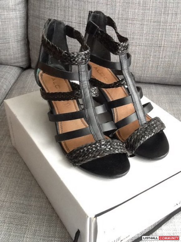 Aldo Leather Back Wedge Sandals size 7