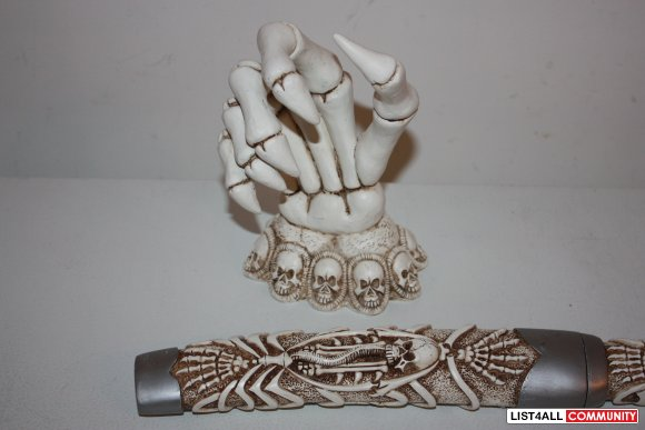 skeleton hand    knife    canadaseller    list4all