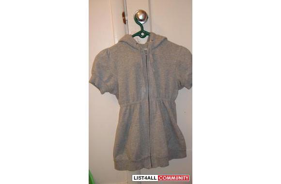 UB grayshort-sleeve zip-upvery warm and comf