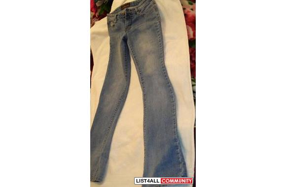 UB Jeans -Straight Leg>> only $5!