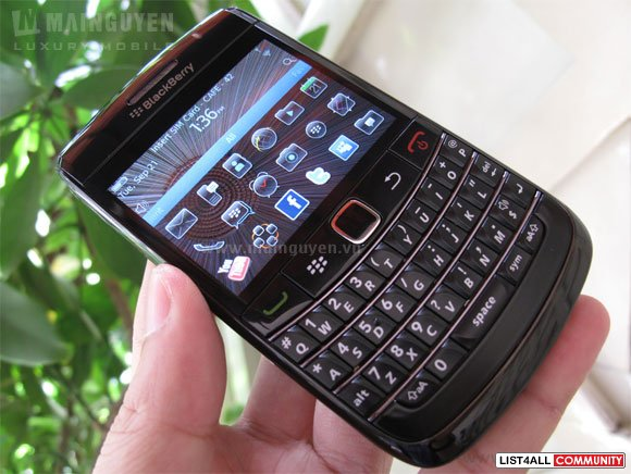 New in box blackberry 9780 (Bold 3)