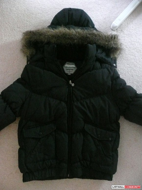 Black Jacket w/ Fur Hoodie Only 5!  SOLD