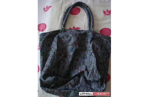 MICKY MOUSE handbag-you could stuff a lot of stuff into this bag! real