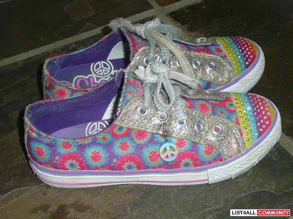 Girls Rainbow Skechers - sz: 1 1/2
