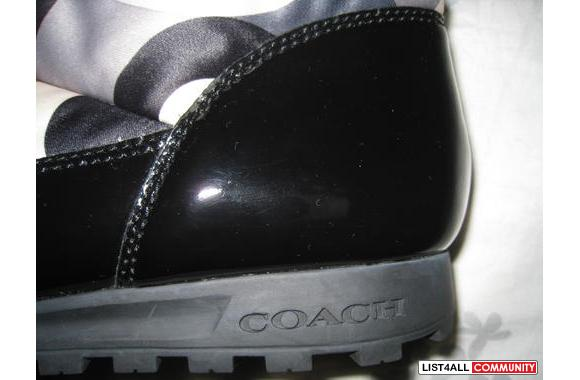 COACH Winter Boots in multicolour Size: 9