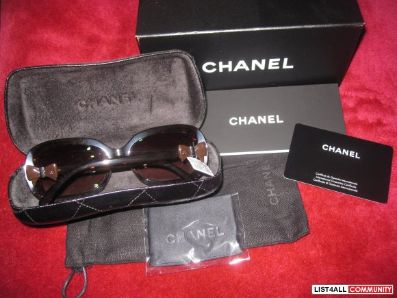 Authentic BNWT CHANEL 5170 c.714/3b Sunglasses