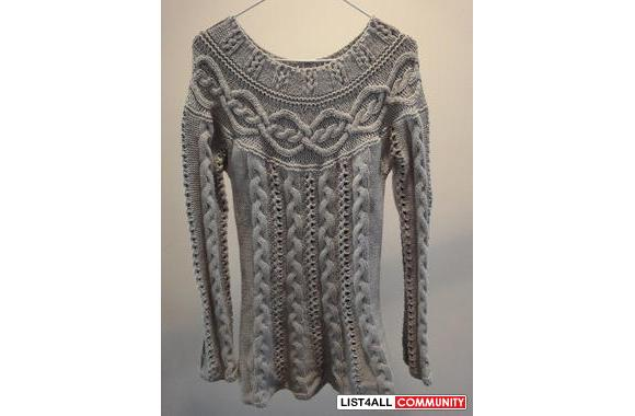 Guess knitted off-the shoulder sweater (long)