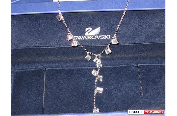 **New Swavoski Cystal Necklace**This stunning brand new necklace is ma