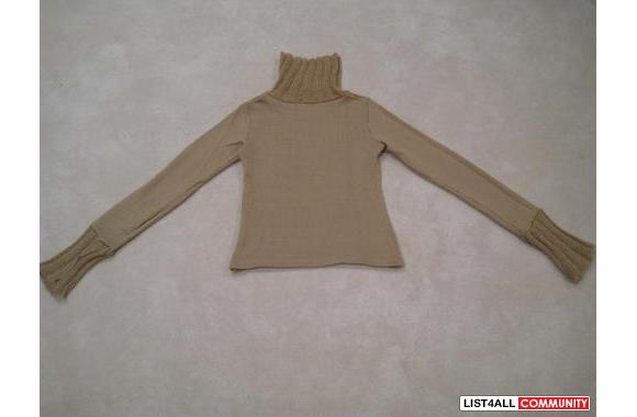 ***Play Chess Clay Sweater, Sz: M***