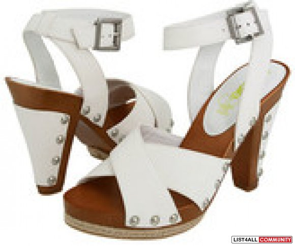 BNIB KENSIE GIRL WEDGES
