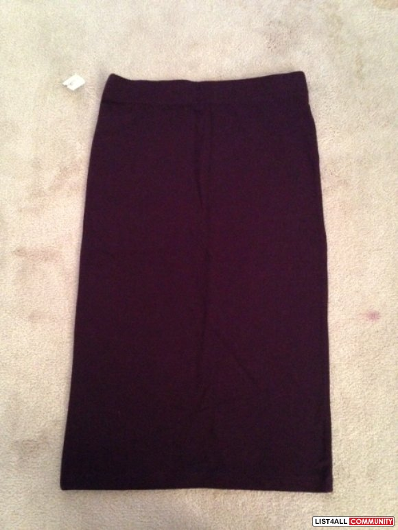 BNWT BRAND NEW FOREVER 21 PLUM HIGH WAIST SKIRT
