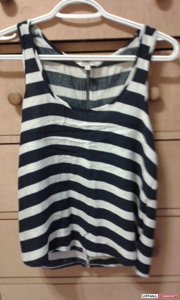 Striped Top Shirt Size M