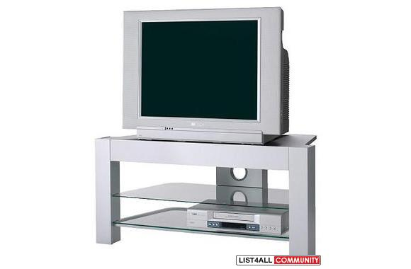 Ikea 90 new used tv stand silver color generationx for Mesa tv con ruedas ikea