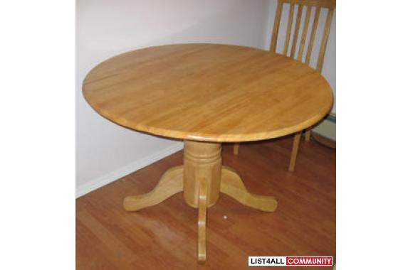 "95% New Solid Wood 42"" Foldable Round Table with 30"" Height"