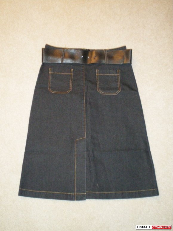 Knee Length Jean Skirt with Belt Size S