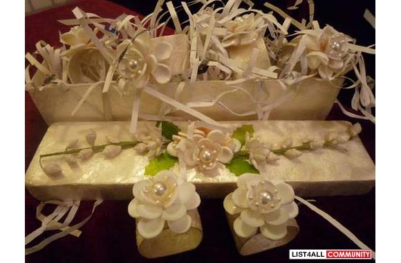 (New) Shell Box with 6 Napkin Rings, Sea Shell Produce