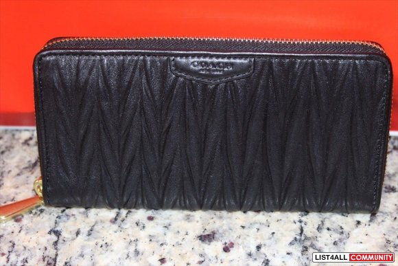 COACH NEW GATHERED LEATHER ACCORDION ZIP WALLET