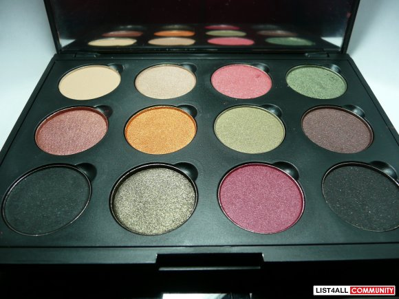 Brand New, Coastal Scents Refillable Palette with 12 Hot Pot Colors