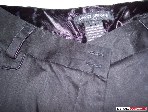 Black dress pants pinstripes are subtle size 6