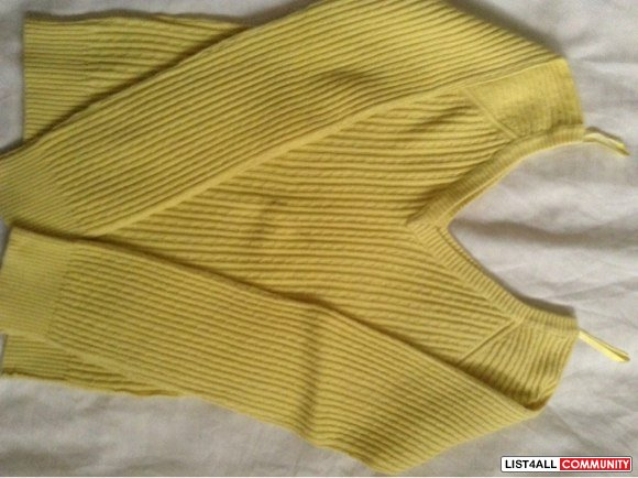Old Navy yellow knit sweater