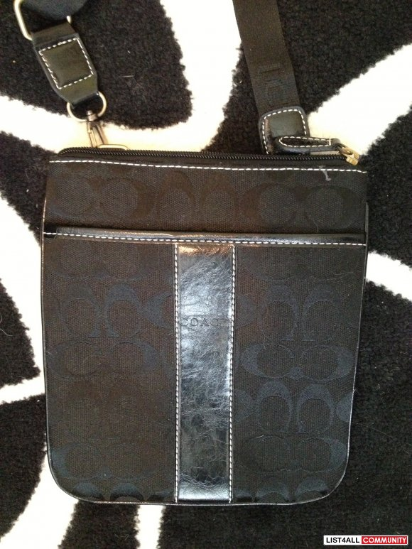COACH PURSE BLACK NEW
