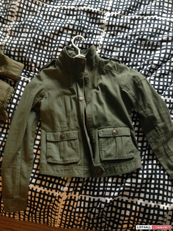 GARAGE JACKET ARMY GREEN SIZE SMALL