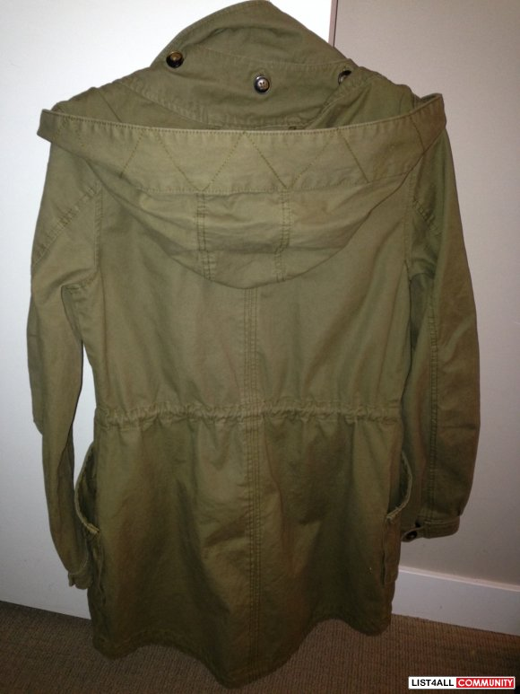 GARAGE ARMY GREEN PARKA XS - NEW