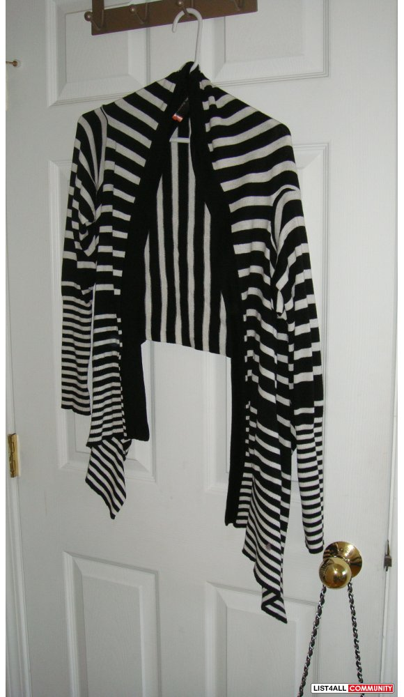 Brand new Cardigan in size xs/small