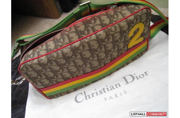 100% Authentic Christian Dior cross shoulder bag in excellent conditio