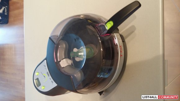 T-Fal Actifry Fryer - Used less than 10 times!