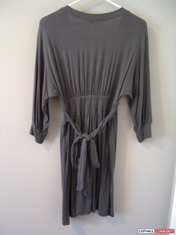 SIRENS navy/gray/taupe v neck BATWING TUNIC TOPS SIZE XS