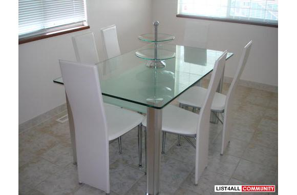 Dining Room Set.u0026nbsp; White Leather Chairs. Thick Glass Table.