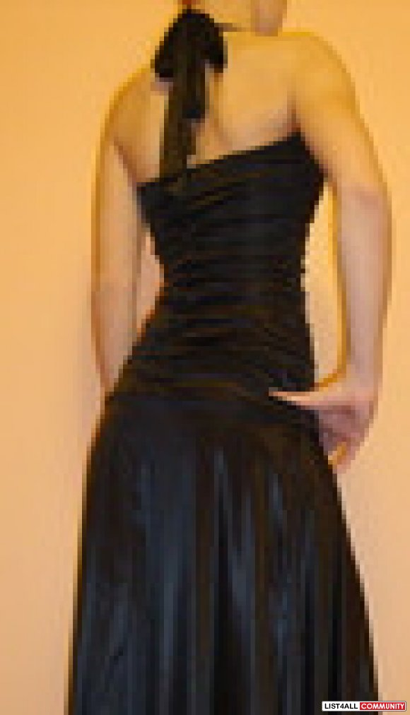 Le Chateau black halter dress sz S