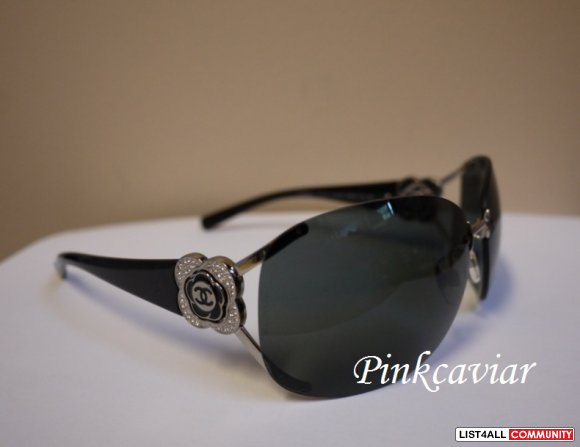 SOLD! CHANEL 4171 B Sunglasses in BLACK with Grey Lens