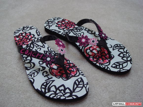 COACH Poppy flip flops - new and authentic!
