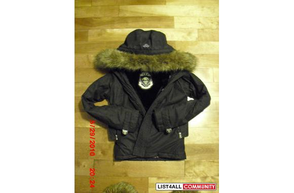 Tna Winter Jacket with removable fur and magnetic buttonsSIZE: XSCOLOR
