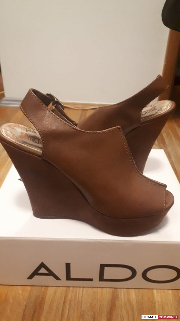 Brown Wedge Heel Platform SIZE 8