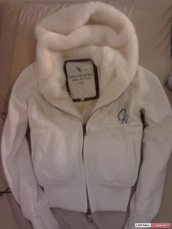 Abercrombie & Fitch white jacket hoodie zip-up bomber fur lined winter
