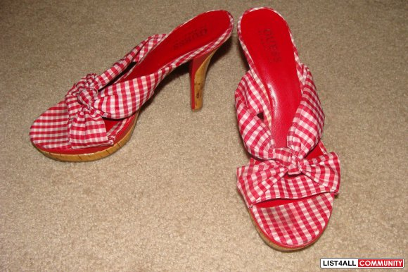 GUESS by MARCIANO RED WHITE GINGHAM PLAID SANDALS SHOES HEELS STRAPPY