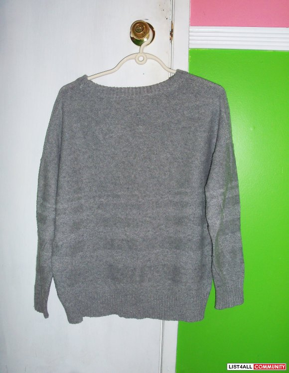 Grey baggy turtleneck jumper - Knitted jumper with drop turtleneck Worn a couple of times Open to offers Would fit size #grey#turtleneck#jumper#gap.