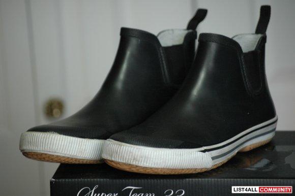 Tretorn Strala Low Cut Rubber Boot Size 41 8 5